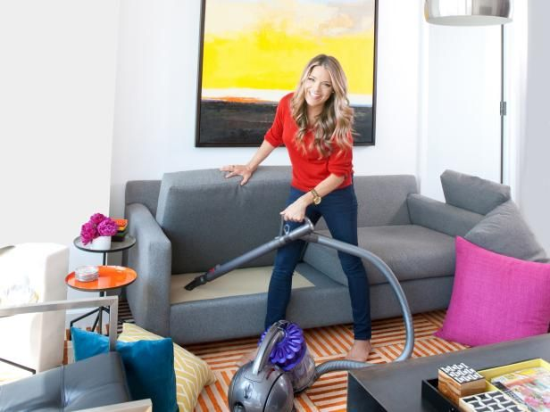 Roll up your sleeves and get ready to speed clean like a pro with these expert cleaning tips >> http://www.diynetwork.com/made-and-remade/fix-it/clean-your-home-in-48-hours?soc=pinterest