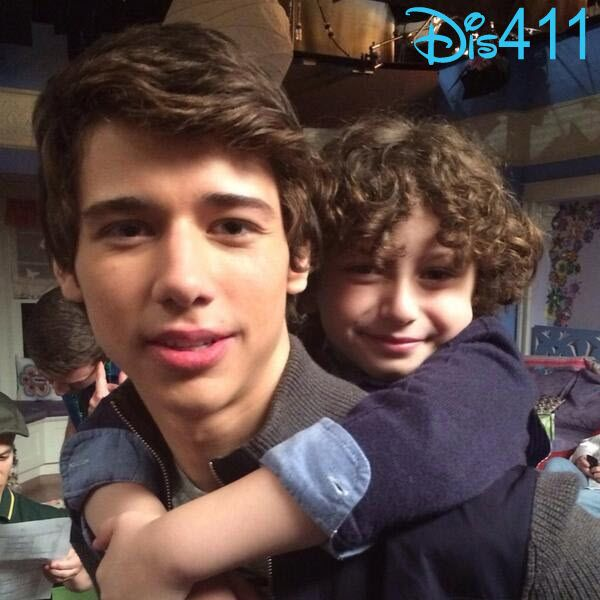 "Uriah Shelton Playing Cory Matthews' (Ben Savage) Younger Brother On ""Girl Meets World"""