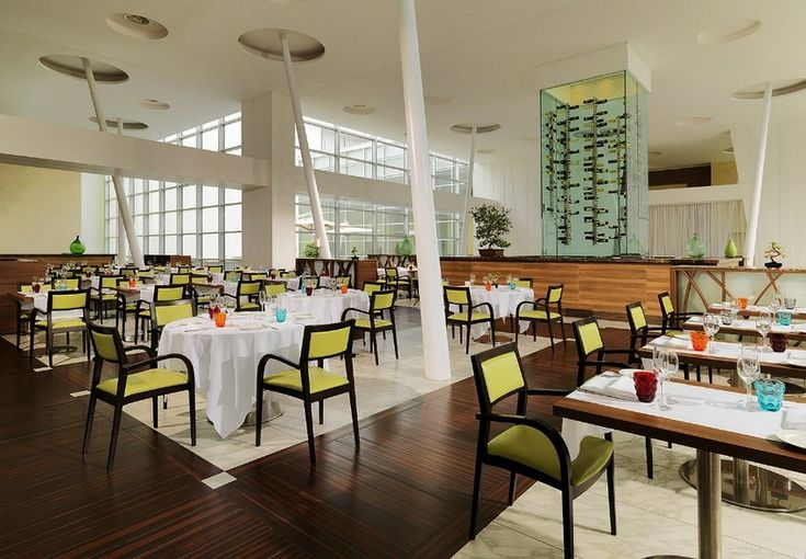 Sheraton Debuts New Elegant Restaurant Design At Milan Aiport Hotel #MilanAirport #QualityRestaurant  http://mydesignagenda.com/sheraton-debuts-new-elegant-restaurant-design-at-milan-aiport-hotel/