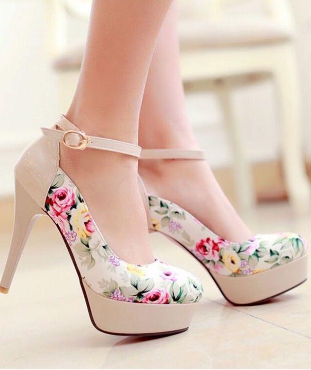 Lovely Flower Print High Heels
