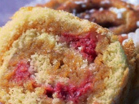 Rulltårta med hallon och kolakräm – Allt om Mat