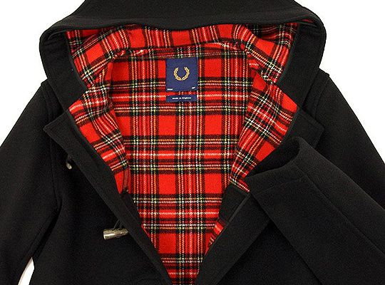montgomery Fred Perry  http://www.highsnobiety.com/news/wp-content/uploads/2010/09/fred-perry-gloverall-duffle-coat-front.jpg