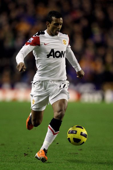 Nani Photos - Nani of Manchester United in action during the Barclays Premier League match between Wolverhampton Wanderers and Manchester United at Molineux on February 5, 2011 in Wolverhampton, England. - Wolverhampton Wanderers v Manchester United - Premier League
