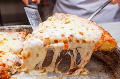 イタリア・ミラノで61年の歴史を持つ老舗ピッツェリア #SPONTINI 2015年10月30日に日本1号店オープン。#pizza #harajuku