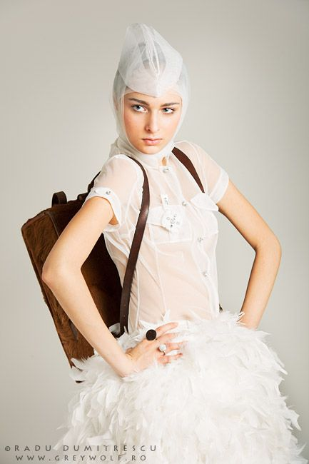Fotografie fashion - Colecție Carmen Emanuela Popa - fotografie de studio