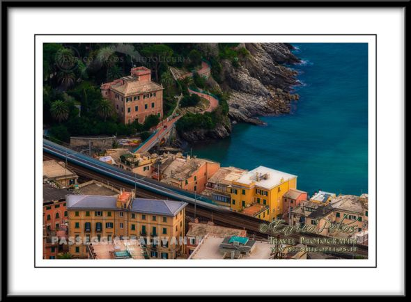 """Passeggiate a Levante PASSEGGIATA ANITA GARIBALDI di NERVI  The walk is dedicated to Anita Garibaldi but is commonly known as the """"Nervi walk"""". It is built along a particular and unique rocks cliff formation and it allows a relaxing and easy route immersed in the nature and in the landscape. You can arrive there also by train and to walk...  http://www.enricopelos.it http://www.passeggiatealevante.it https://www.facebook.com/pages/Enrico-Pelos-Passeggiate-A-Levante/353283381370877"""