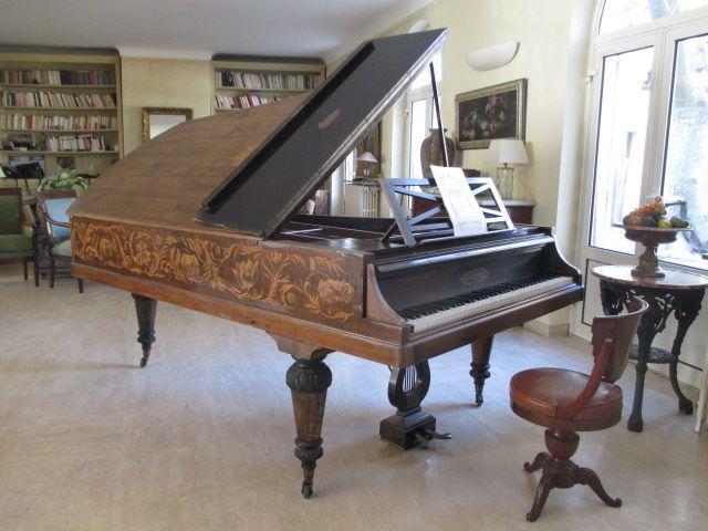 Piano 3/4 De Queue  Pleyel, Quintana-Antiquités, Proantic
