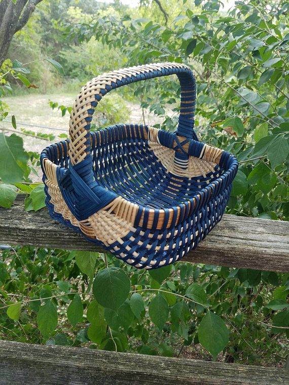 Margaret's Rib Basket - using a square hoop