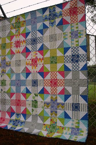 Mod Nine Patch Quilt by Elizabeth Dackson. I love the stripes here!