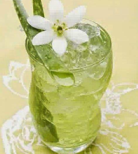 Resep Cara Membuat Es Lidah Buaya Segar Enak Praktis http://dapursaja.blogspot.com/2014/07/resep-cara-membuat-es-lidah-buaya-segar.html