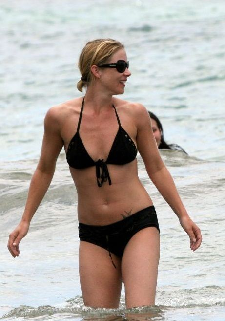 Sexy Actresses At The Beach Christina Applegate In 2019
