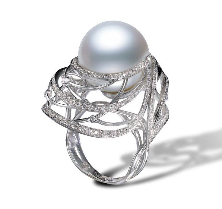 Mikimoto Cape Gooseberry pearl ring. | The Jewellery Editor