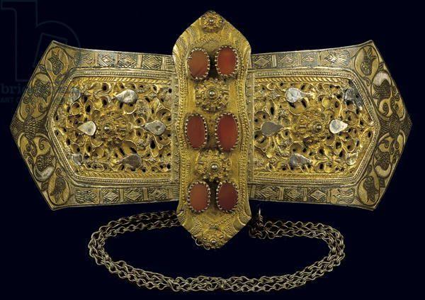 Belt buckle, from Ipeiros (silver gilt, agate & niello)