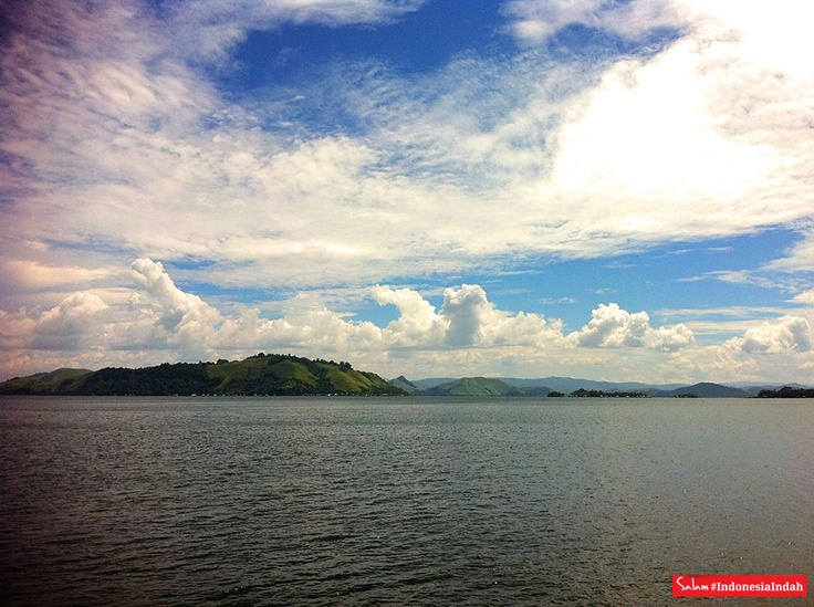 Sentani #indonesiaindah by @tri_aji