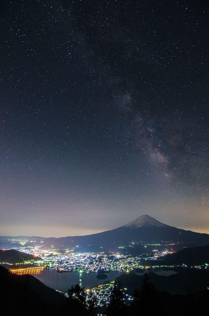 Mt.Fuji & MilkyWay (ID:3708865)拡大ページ - 写真共有サイト:PHOTOHITO