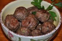 keftedes - greek traditional recipe for meatballs