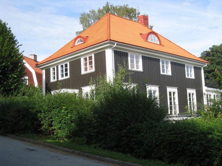 ~ 1920: Nordisk Klassicism Foder över dörrar