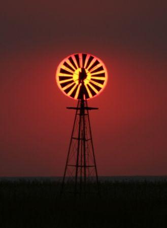 Fabulous shot...Windmill Sunset