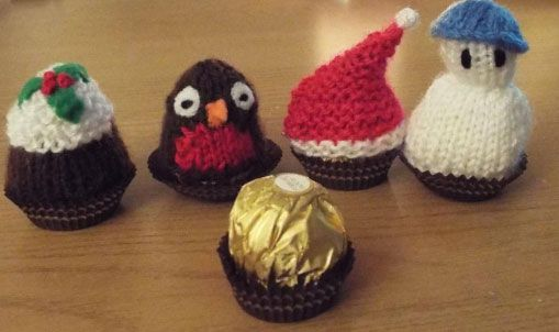 Christmas Knitting Patterns made to fit a Ferrero Rocher chocolate. Free knitting patterns for a Christmas Robin, Snowman, Christmas Pudding and Santa Hat Free Pattern