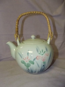 lovely vintage teapot