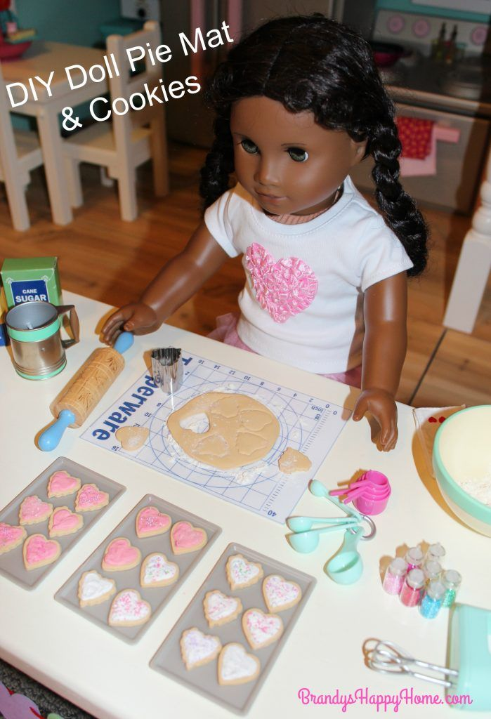 Get your free DIY Doll Sized Tupperware Pie Mat and learn how to make DIY American Girl doll sized polymer clay cookies and frosting.