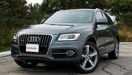 2014 Audi Q5 Owners Manual – Using its magnificent performance, higher energy economy and inviting cabin, the 2014 Audi Q5 is a celebrity amongst small luxurious crossover Sports Utility vehicles. The 2014 Audi Q5 collection recognizes the inclusion of an active but energy-effective...