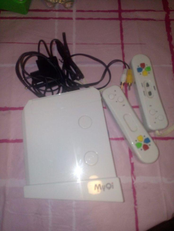 Console all'interno 94 giochi anni 90 con 2 telecomandi nuovo funzionante