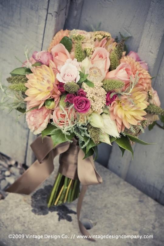 bouquet ideas: Bridal Bouquets, Colored Bouquets, Flower Bouquets, Wedding Ideas, Wedding Bouquets, Bouquets De, Dream Wedding, Bouquet Ideas, Beautiful Bouquets
