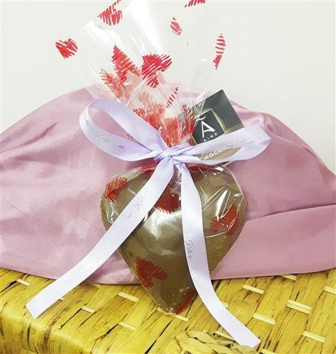 Handmade Chocolate Heart tied with a Personalised Ribbon for Mother's Day. WowWee.ie | €10