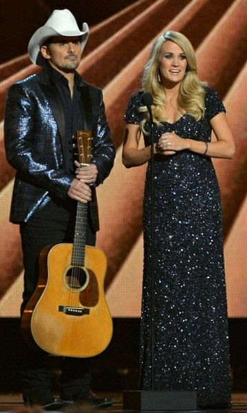 Carrie Underwood & Brad Paisley CMA Awards 2014 @blownxawayx94