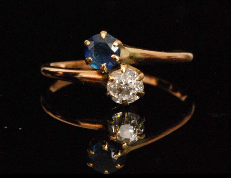 An Antique Sapphire and Diamond Ring by mitaineshop on Etsy