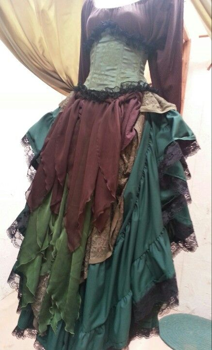 Might I just say I love layering fabric for ren faire skirts!