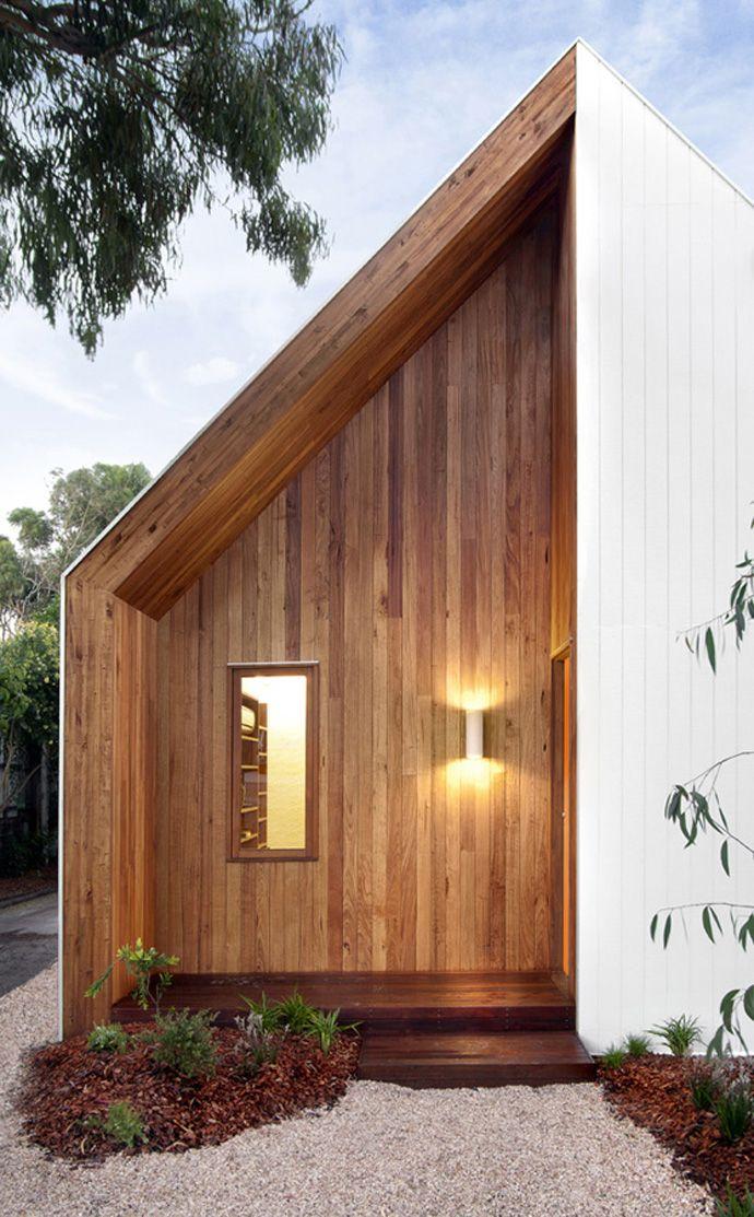 Adorable and Cozy Renovated Cottage: Barwon House by Auhaus Architecture   DesignRulz.com