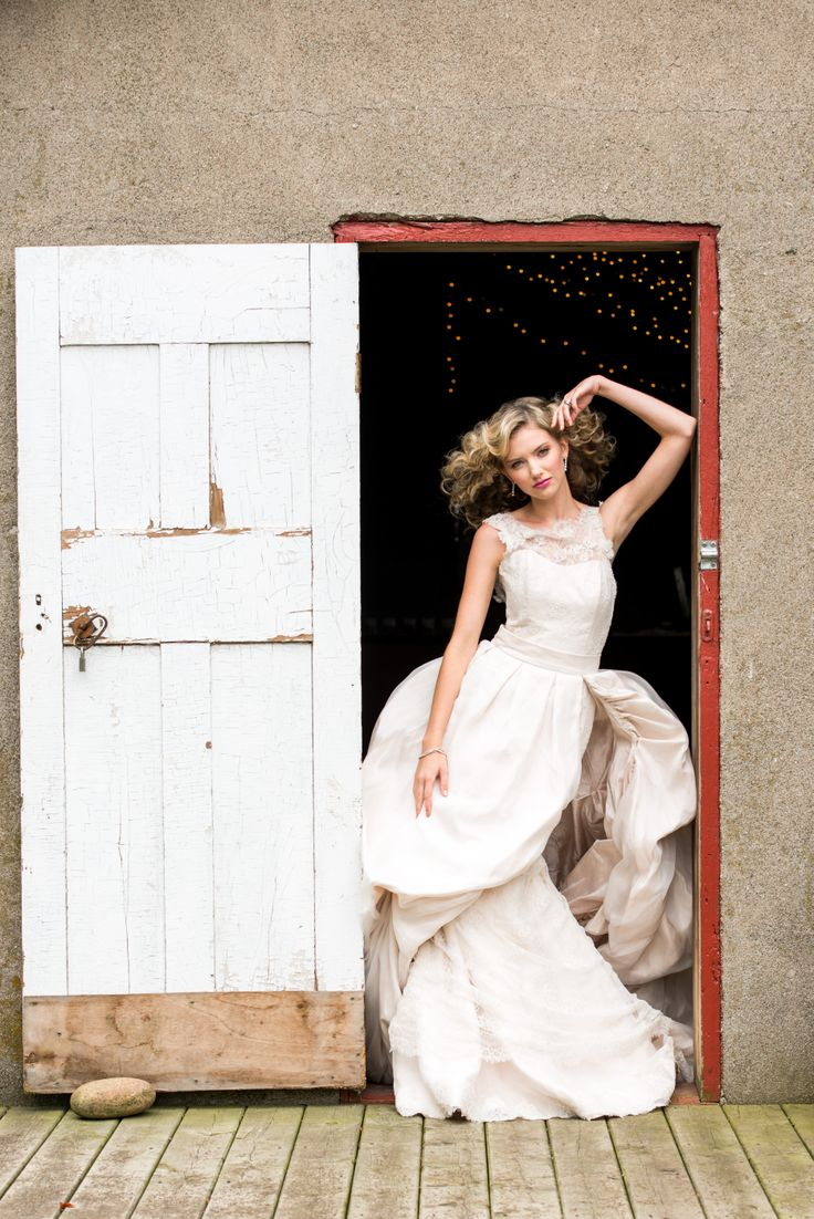 Stunning photo of a country bride; Cambium Farms featured in Weddingstar Magazine.  Creative Production & Styling: Prelude to a Kiss Wedding Stylists & PK Social Events Photography: MugshotsPhotography.ca Dress: Ines Di Santo Makeup: Heather Snowie - Makeup Artist Hair: Sylvie Prud'homme from The Loft - Toronto