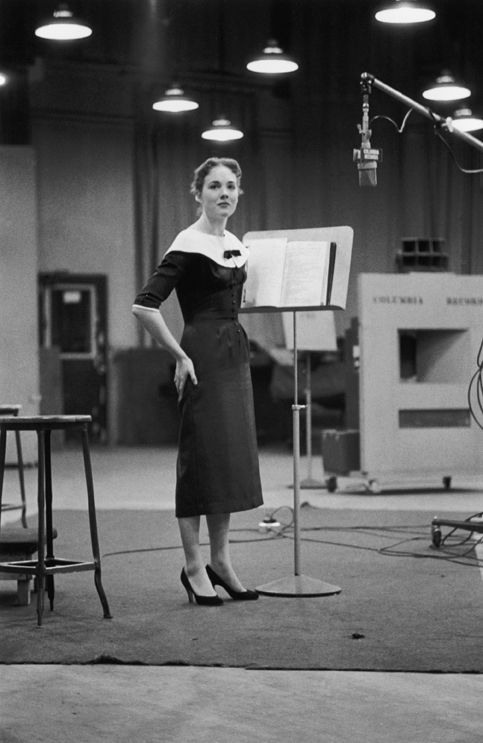 Julie Andrews during the recording session for My Fair Lady – Original Broadway Cast Recording 1956 | The Official Masterworks Broadway Site