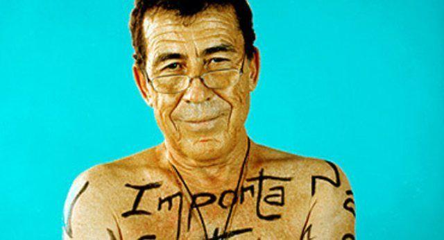 Fernando Sánchez Dragó: La sanidad pública no debería existir #SanchezDrago #salud #escritor #retrato #portrait #men