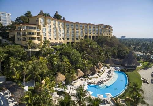 Quinta Real Acapulco Acapulco Overlooking the beautiful Pacific Ocean in the heart of Acapulco, Mexico, elegant accommodations, unrivaled hospitality and state-of-the-art amenities await guests at this family-friendly luxury resort.