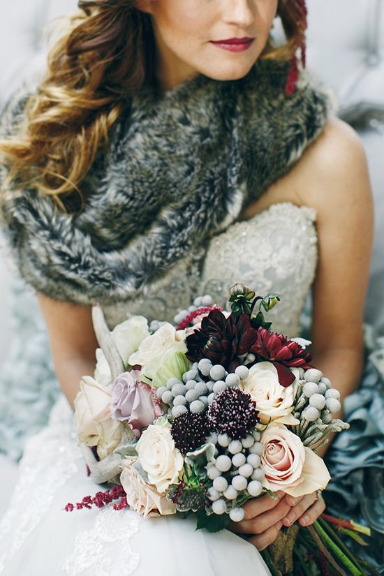 Woodland wedding inspiration for a Mammoth Mountain wedding; winter bouquet // Pinned by Dauphine Magazine, curated by Castlefield (wedding invitation, branding, pattern designs: www.castlefield.co). International Couture Fashion/Luxury Wedding Crossover Magazine - Issue 2 now on newsstands! www.dauphinemagazine.com. Instagram: @ dauphinemagazine / @ castlefieldco. Dauphine and Castlefield only claim credit for own images.