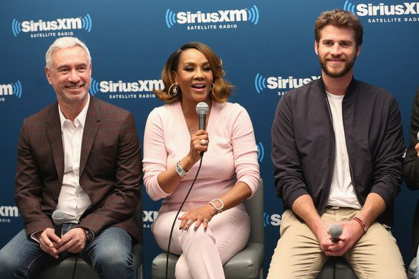 Liam Hemsworth Photos - Roland Emmerich, Vivica A. Fox and Liam Hemsworth attend SiriusXM's 'Town Hall' With The Cast Of Independence Day: Resurgence; 'Town Hall' To Air On SiriusXM's Entertainment Weekly Radio on June 15, 2016 in New York City. - SiriusXM's 'Town Hall' With the Cast of 'Independence Day: Resurgence' Town Hall