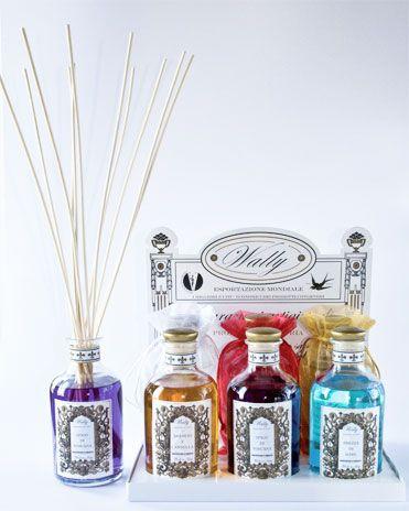 Emanatori varie fragranze... #itesoricoloniali #homefragrances