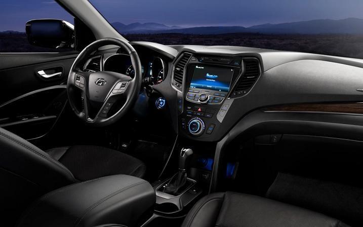 Hyundai Santa FE 2014 Interior