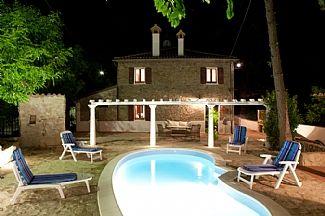 Villa rentals in Gemmano, Rimini, Emilia Romagna, Italy IT4936