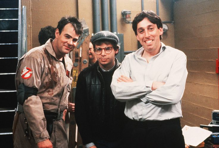 Dan Aykroyd, Rick Moranis & director Ivan Reitman behind the scenes on #Ghostbusters (1984)