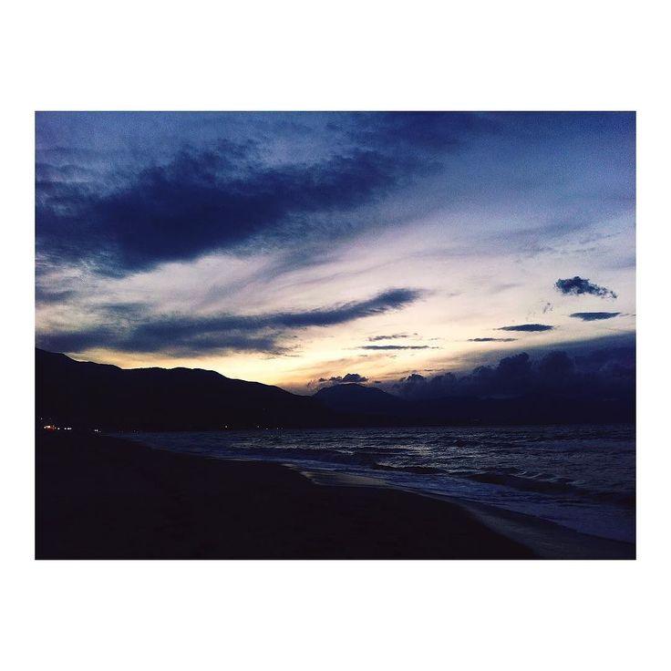 Scende la sera. . #alcamomarina #sicilia #igersicilia #sea #sunset #autumn #september #sicily