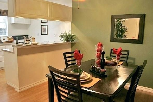 Beautiful Dining Room Decorating For Apartments Ideas Perhaps Your Room Has A Mixture Of Dining Room Small Small Dining Room Set Small Apartment Dining Room
