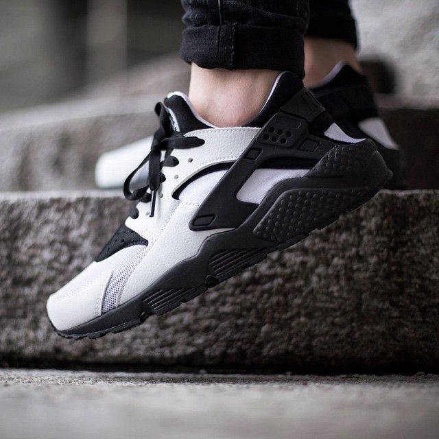 """Nike Wmns Air Huarache Run ""White/Black"" drops tomorrow, Thursday, 5th February…"