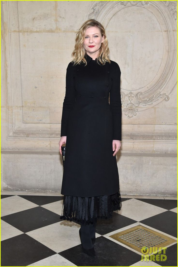 Diane Kruger & Kirsten Dunst Put On Their Best For Dior Fashon Show!