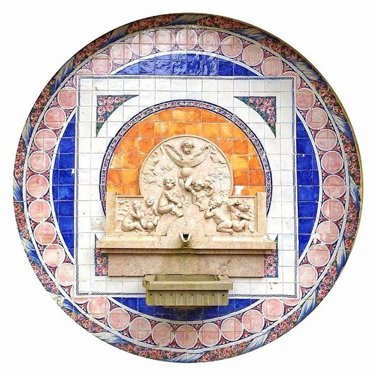Fonte dos pisões #sintra #fonte #fountain #tiles #iphone #iphonecamera #circlephoto