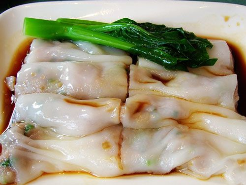 """One of my favourite dim sum dishes is steamed rice noodle rolls with prawns (har cheong fun). We order this every time we go to yum cha (""""d..."""