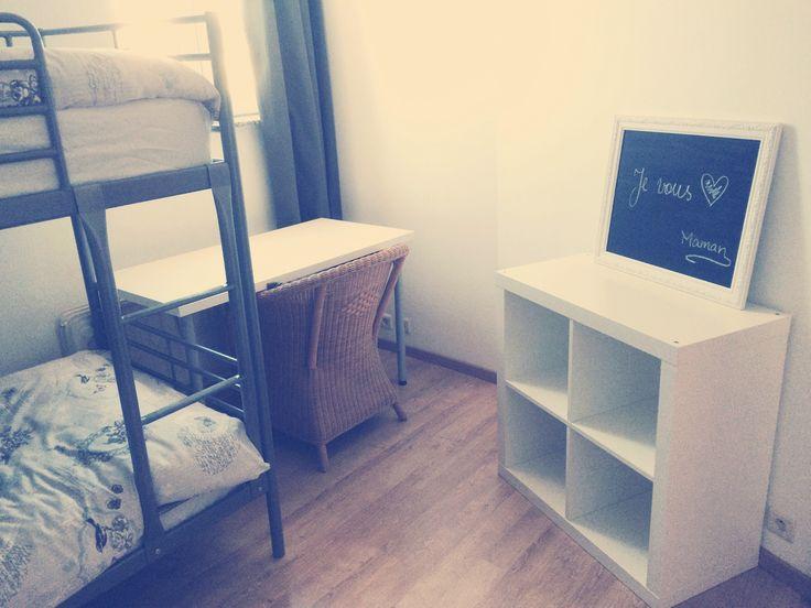lits superposs ikea svarta matelas ikea hamarvik housses with poire fauteuil ikea. Black Bedroom Furniture Sets. Home Design Ideas
